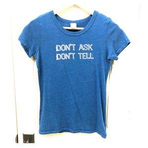 Abercrombie & Fitch Blue T-Shirt Size Medium